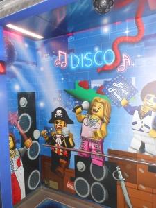 Lego disco