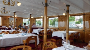 restaurant on the boat